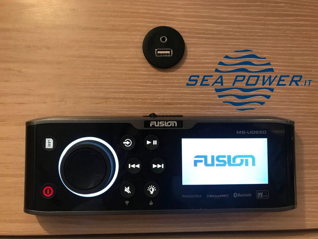 Impianto stereo Fusion Marine